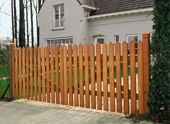 Cl ture et portail comment fabriquer un portail en bois for Portail en kit bois