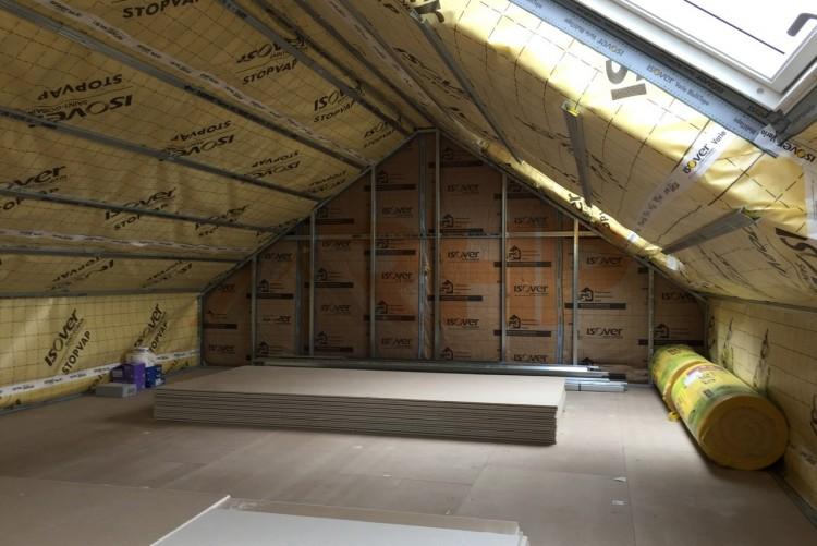 Faut il isoler sa charpente ou sa sous toiture - Comment isoler le toit d un garage ...