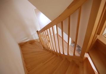 Faut-il acheter un escalier en kit ou sur mesure?