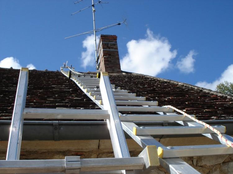 Toiture : travailler en toute sécurité sur le toit de sa maison
