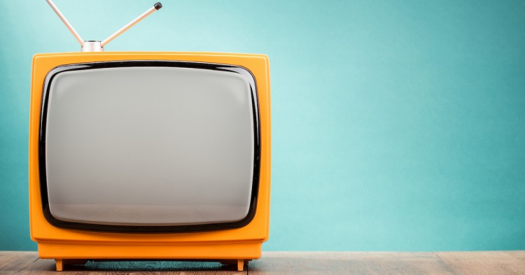 TNT et satellite : comment regarder la TV à prix réduit en Belgique ?