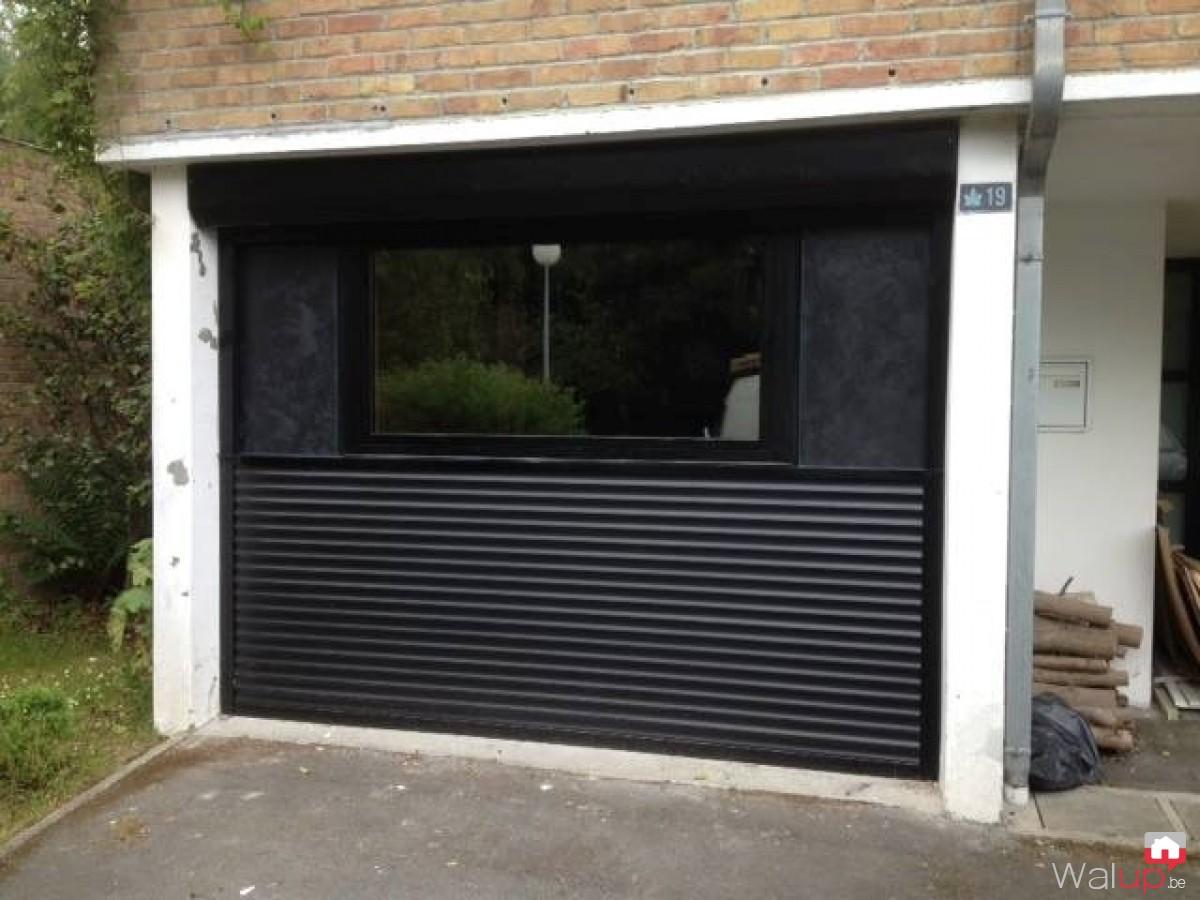 Volet imitation porte de garage avec ch ssis par mondial for Chassis porte garage