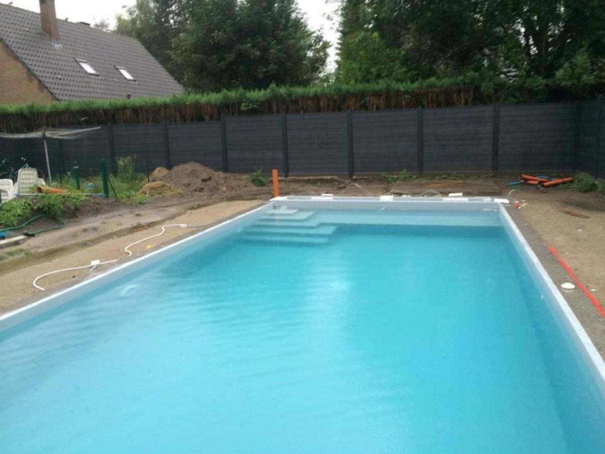 Nouveau chantier piscine en voile b ton par pool for Conception piscine