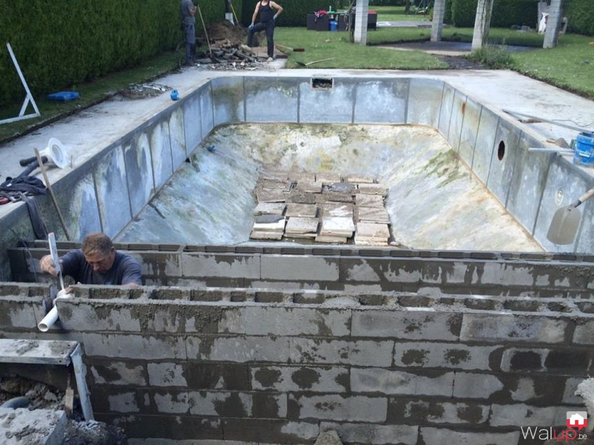 R novation piscine jollain merlin par pool conception sprl for Renovation piscine