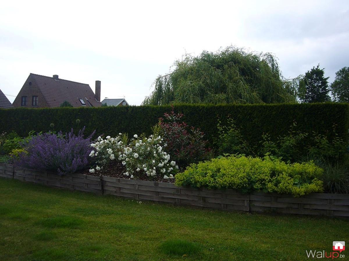 Entretien d 39 un jardin par ld jardin for Emploi entretien jardin