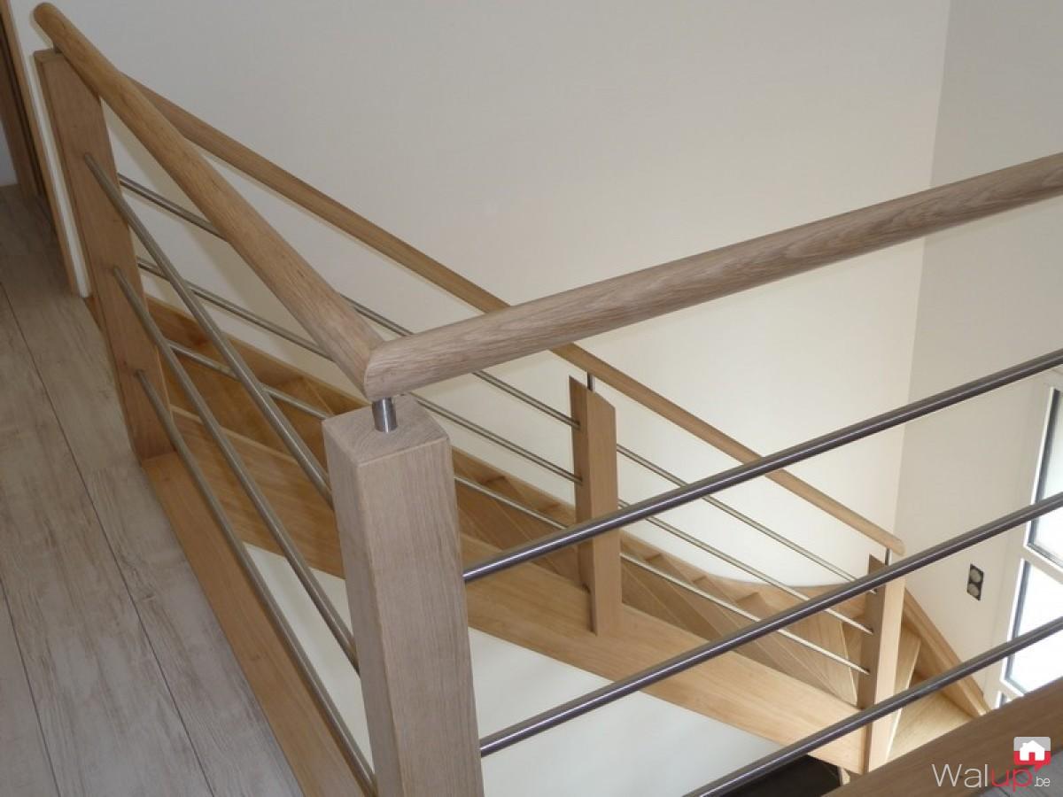 pose d 39 un escalier tournai par menuiserie tournaisienne. Black Bedroom Furniture Sets. Home Design Ideas