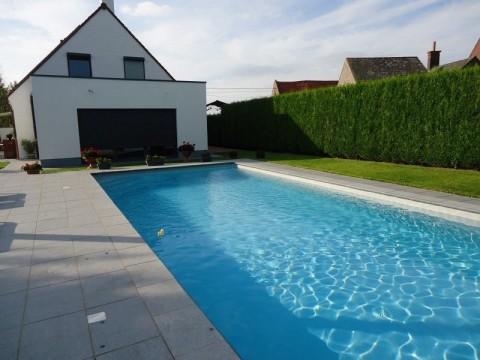 Photos des r alisations de pool conception sprl for Conception piscine publique
