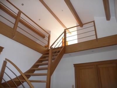 Pose d'un escalier en chêne