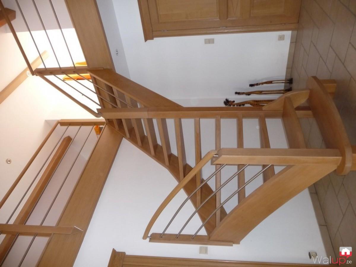 pose d un escalier en ch 234 ne par menuiserie tournaisienne
