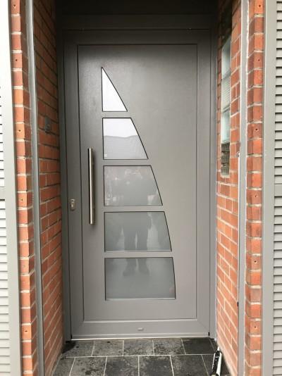 Pose de portes intérieures et extérieures