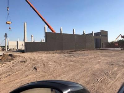 Notre future usine et show room en construction