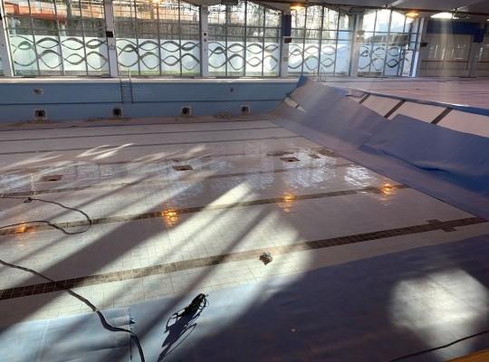 Rénovation d'une piscine olympique
