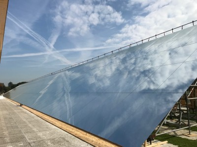 Défilé Hermès - 132 mètres linéaires de miroirs