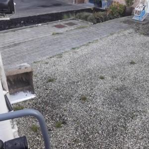 petit parking en tarmac