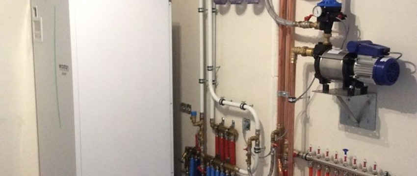 Pompe à chaleur air/eau avec production d'eau chaude sanitaire