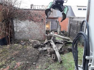 démolition èvacutions des gravats et fondations pour reconstruction