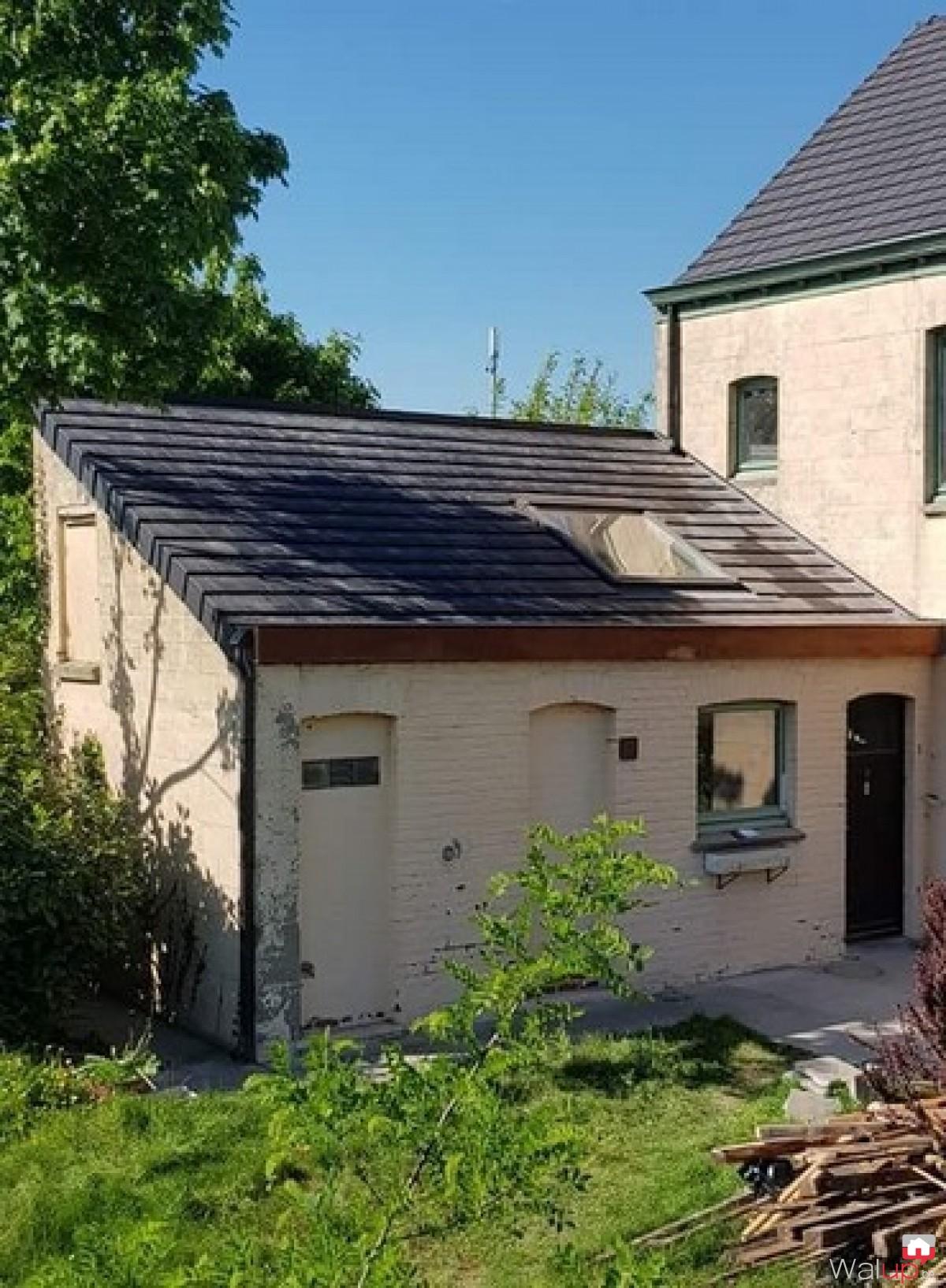 renovation toiture r nover votre toiture avec camif habitat. Black Bedroom Furniture Sets. Home Design Ideas