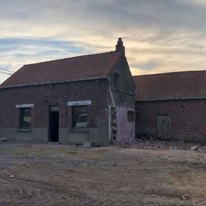 Extension et pose d'une brique de façade