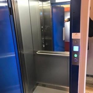 Modernisation et mise en conformité complète d'un ascenseur