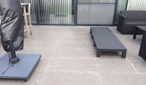 Libert construct carrelage pavage et terrassement pr s for Carrelage belgique mouscron