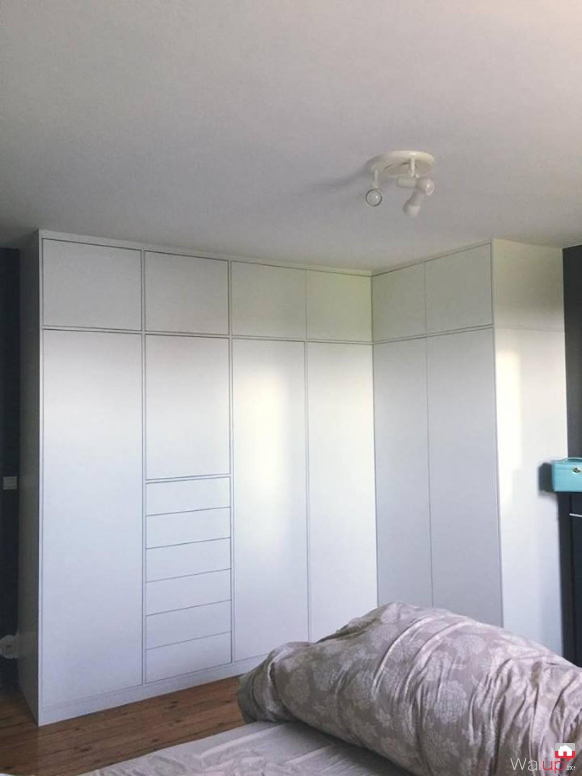 placards portes battantes sans poign es par evolumeuble. Black Bedroom Furniture Sets. Home Design Ideas