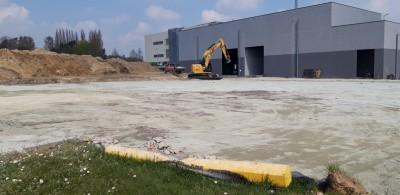 Aménagement pour futur bâtiment industriel