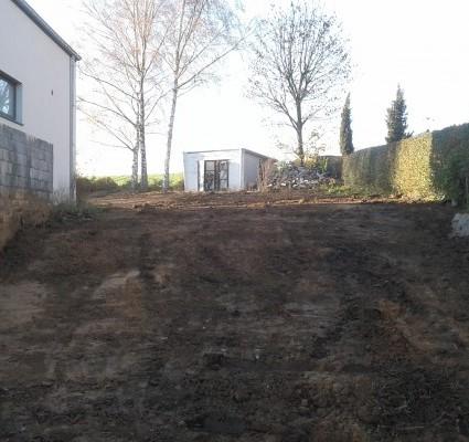 Nivelage d'un terrain Avant/Après